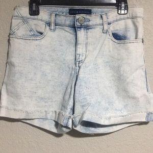 Rock & Republic light wash jean shorts size 10